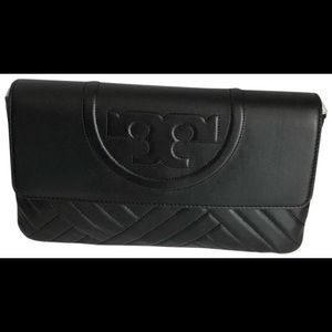 Mint! Tory Burch Alexa clutch